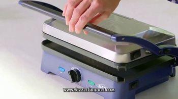 Blue Diamond Pan Sizzle Griddle TV Spot, 'The Secret Is the Sizzle: Party Plastic' - Thumbnail 5