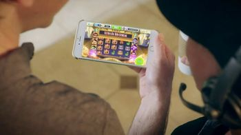 MyVegas Slots TV Spot, 'In is the New Out: Coffee Shop' - Thumbnail 5