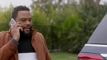 T-Mobile TV Spot, 'Mama: Taxes and Fees' Featuring Anthony Anderson, Song by Etta James - Thumbnail 3