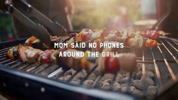 Kingsford TV Spot, 'No Phones Around the Grill' - Thumbnail 3