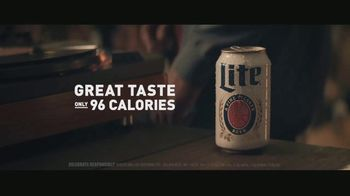 Miller Lite TV Spot, 'A Classic Delivered' Song by Lee Fields - Thumbnail 8