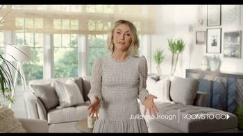 Rooms to Go TV Spot, 'Creative and Comfortable: Financing' Featuring Julianne Hough - Thumbnail 2