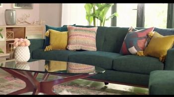 Rooms to Go TV Spot, 'Creative and Comfortable: Financing' Featuring Julianne Hough - Thumbnail 6