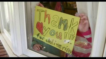 Hallmark TV Spot, 'Show Gratitude for the Heroes in Your Life' - Thumbnail 6