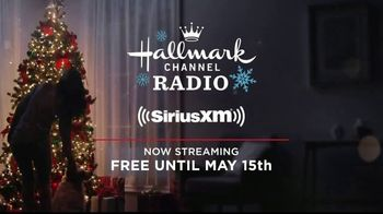 Hallmark Channel Radio TV Spot, 'A Little Christmas Right Now' - Thumbnail 8