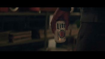 Miller Lite TV Spot, 'Un clásico' canción de Lee Fields & The Expressions [Spanish] - Thumbnail 1
