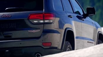 Jeep Grand Cherokee TV Spot, 'Science Channel: Vehicle Suspension' [T1] - Thumbnail 4
