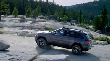 Jeep Grand Cherokee TV Spot, 'Science Channel: Vehicle Suspension' [T1] - Thumbnail 7