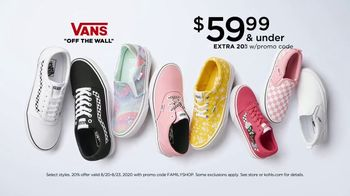 Kohl's Friends + Family Sale TV Spot, 'Shoes, Tees and Bed Sheets' - Thumbnail 2
