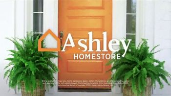 Ashley HomeStore Labor Day Preview Sale TV Spot, 'Mattress Deals: Up to $1,100' - Thumbnail 8