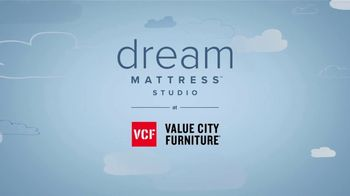 Value City Furniture Happy Labor Day Sale TV Spot, 'Free Adjustable Bed' - Thumbnail 10