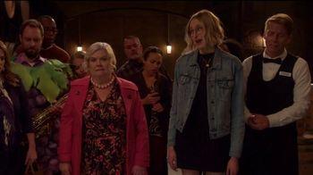 Quibi TV Spot, 'Mapleworth Murders' - Thumbnail 4