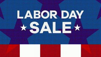 Rooms to Go Labor Day Sale TV Spot, 'Cindy Crawford Home Bedroom Set' - Thumbnail 3