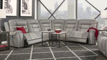 Rooms to Go Labor Day Sale TV Spot, 'Five Piece Dual Power Reclining Leather Sectional' - Thumbnail 3