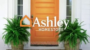 Ashley HomeStore Labor Day Preview Sale TV Spot, 'Mattress Deals: Tempur-Pedic' - Thumbnail 7