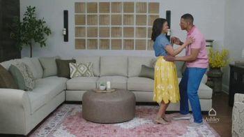 Ashley HomeStore TV Spot, 'Proud to Call Houston Home: Looks & Options' - Thumbnail 6
