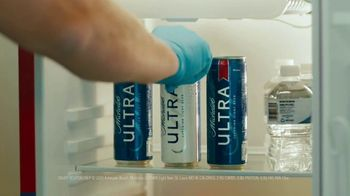 Michelob ULTRA TV Spot, 'ULTRA Delivery' Song by the Joy Tones - Thumbnail 9