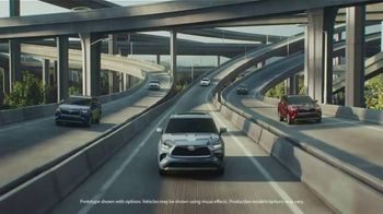 Toyota Highlander TV Spot, 'Top Hat' Ft. Cat Wilson, Dawn Richard, Nadine Ellis [T1] - Thumbnail 1