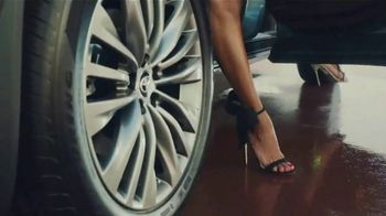 Toyota Highlander TV Spot, 'Top Hat' Ft. Cat Wilson, Dawn Richard, Nadine Ellis [T1] - Thumbnail 5