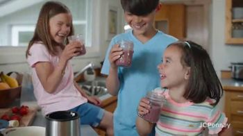 JCPenney Friends & Family Sale TV Spot, 'Share the Love' - Thumbnail 8