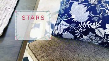Ashley HomeStore Stars and Stripes Event TV Spot, 'Dining Tables' - Thumbnail 5