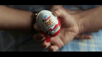 Kinder Joy TV Spot, 'Brighten Your Kid's Day: Minions' - Thumbnail 2