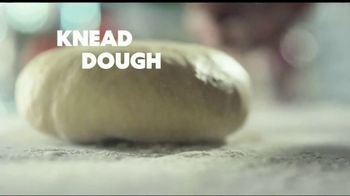 Papa Murphy's Pizza Classic Italian TV Spot, 'Chow Down' - Thumbnail 2