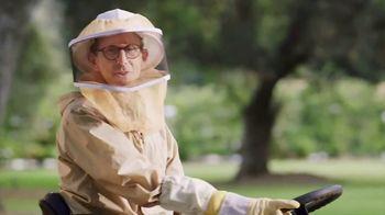 Cub Cadet XT Enduro Series TV Spot, 'Review: Beekeeper' - Thumbnail 4
