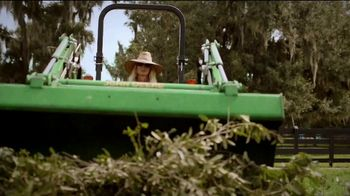 John Deere 3E Series TV Spot, 'Karen's Land: Breeders' Cup' - Thumbnail 5