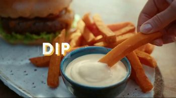 Best Foods Drizzle Sauces TV Spot, 'Restaurant Flavor' - Thumbnail 5