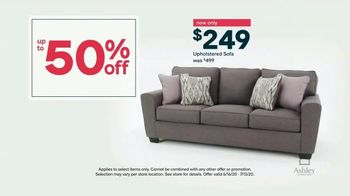 Ashley HomeStore Stars and Stripes Sale TV Spot, 'Up To 50% Off' - Thumbnail 6