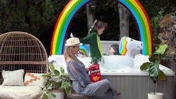 Frito Lay TV Spot, 'Let's Summer' - Thumbnail 4