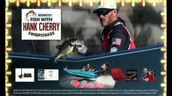 Bassmaster Sweepstakes TV Spot, 'Fishing Trip: Hank Cherry' - Thumbnail 4