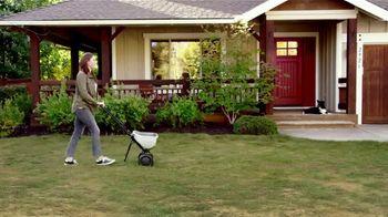 Pennington Lawn Booster  TV Spot, 'Lush Lawn' - Thumbnail 6