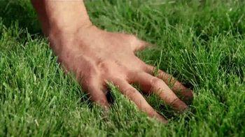 Pennington Lawn Booster  TV Spot, 'Lush Lawn' - Thumbnail 9