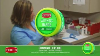 O'Keeffe's Working Hands TV Spot, 'Medical Professionals: Hand Washing' - Thumbnail 7