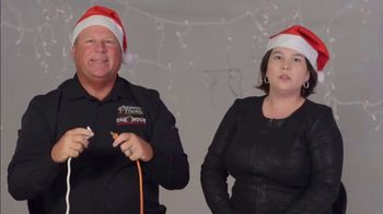 One Hour Heating & Air Conditioning Light of Hope Challenge TV Spot, 'Christmas Lights' - Thumbnail 2
