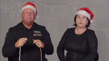 One Hour Heating & Air Conditioning Light of Hope Challenge TV Spot, 'Christmas Lights' - Thumbnail 4