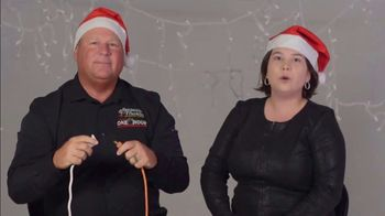 One Hour Heating & Air Conditioning Light of Hope Challenge TV Spot, 'Christmas Lights' - Thumbnail 5