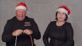 One Hour Heating & Air Conditioning Light of Hope Challenge TV Spot, 'Christmas Lights' - Thumbnail 6