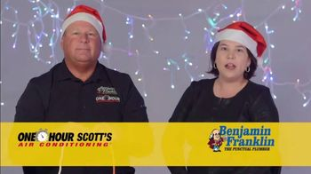 One Hour Heating & Air Conditioning Light of Hope Challenge TV Spot, 'Christmas Lights' - Thumbnail 8