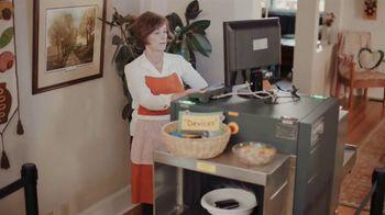 Common Sense Media TV Spot, 'Device Free Dinner: TSA Screening' - Thumbnail 7