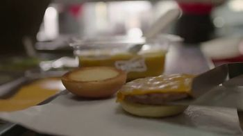 Sonic Drive-In Bacon Slinger TV Spot, 'Sabor fuerte' [Spanish] - Thumbnail 3