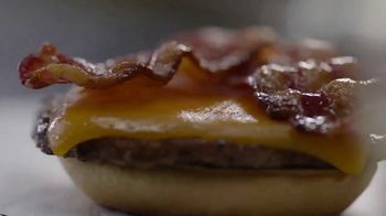 Sonic Drive-In Bacon Slinger TV Spot, 'Sabor fuerte' [Spanish] - Thumbnail 6