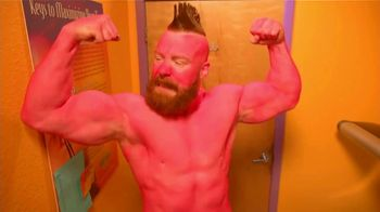 Snickers TV Spot, 'WWE Fan Favorite Commercials: Tanning Bed' Featuring Stephen Farrelly, Ric Flair - Thumbnail 7