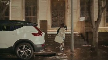 Volvo Summer Safely Savings Event TV Spot, 'Safety Above Everything: XC40' Song by Marti West [T2] - Thumbnail 1