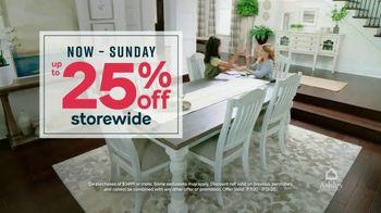 Ashley HomeStore Stars and Stripes Sale TV Spot, 'Final Days: 25 Percent Off' - Thumbnail 4