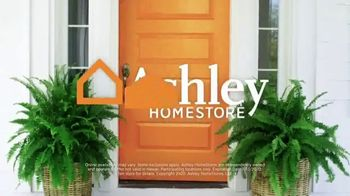 Ashley HomeStore Grand Reopening TV Spot, 'Mattresses: $499' - Thumbnail 8