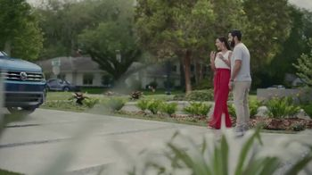 Volkswagen TV Spot, 'Community-Driven Promise: A New Day: Tiguan' [T2] - Thumbnail 5
