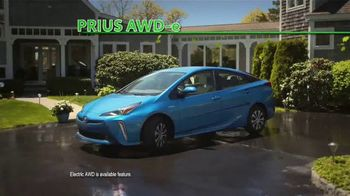 Toyota Prius TV Spot, 'It Can Take All Your Stuff' [T2] - Thumbnail 9
